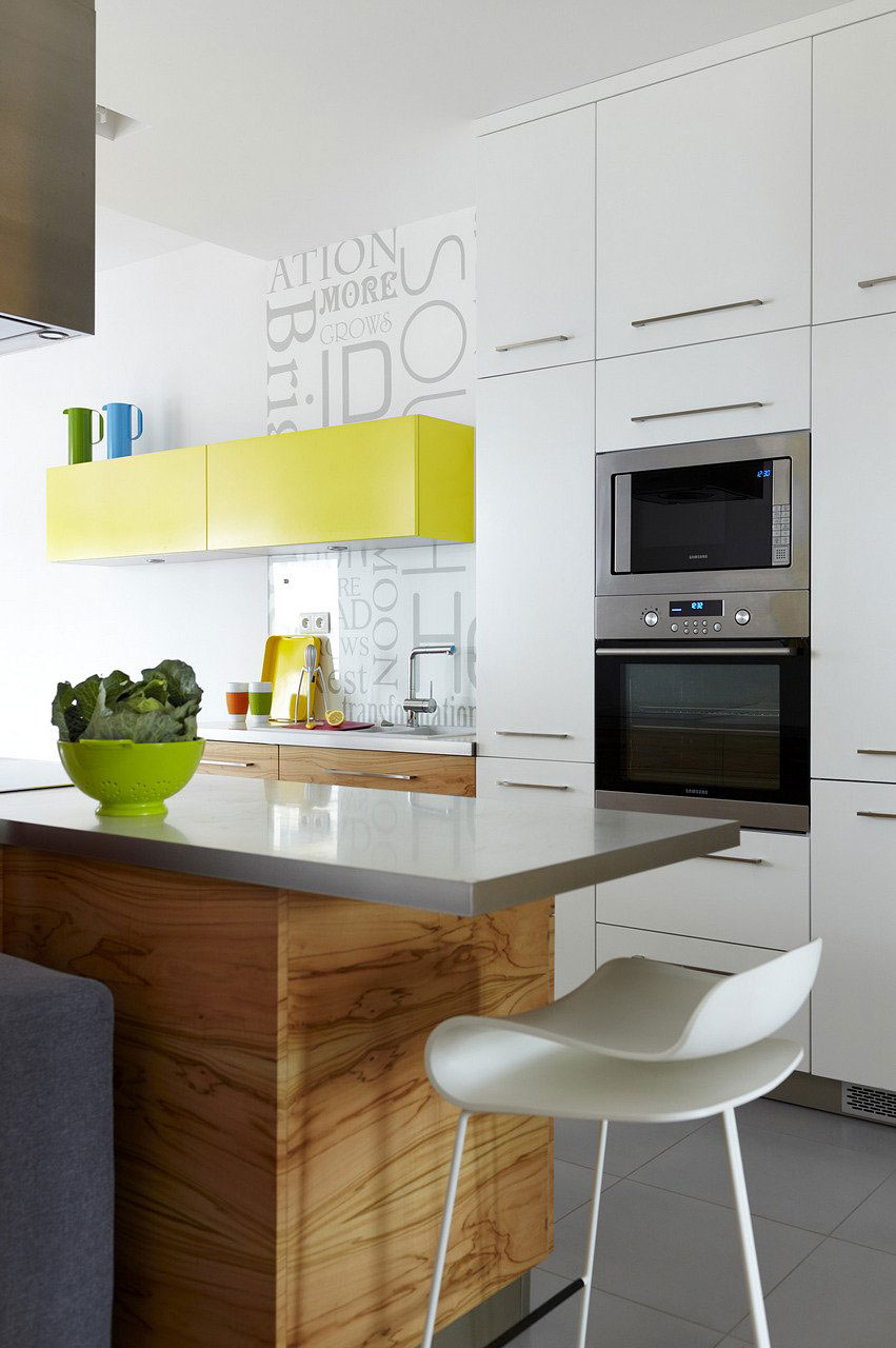 Green-white-wood-kitchen