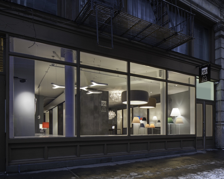 Luceplan-and-Modular-Lighting-Instruments-Showroom-by-Amedeo-G-Cavalchini-New-York-City-08