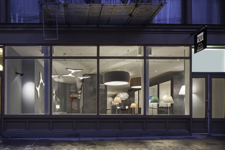 Luceplan-and-Modular-Lighting-Instruments-Showroom-by-Amedeo-G-Cavalchini-New-York-City-09
