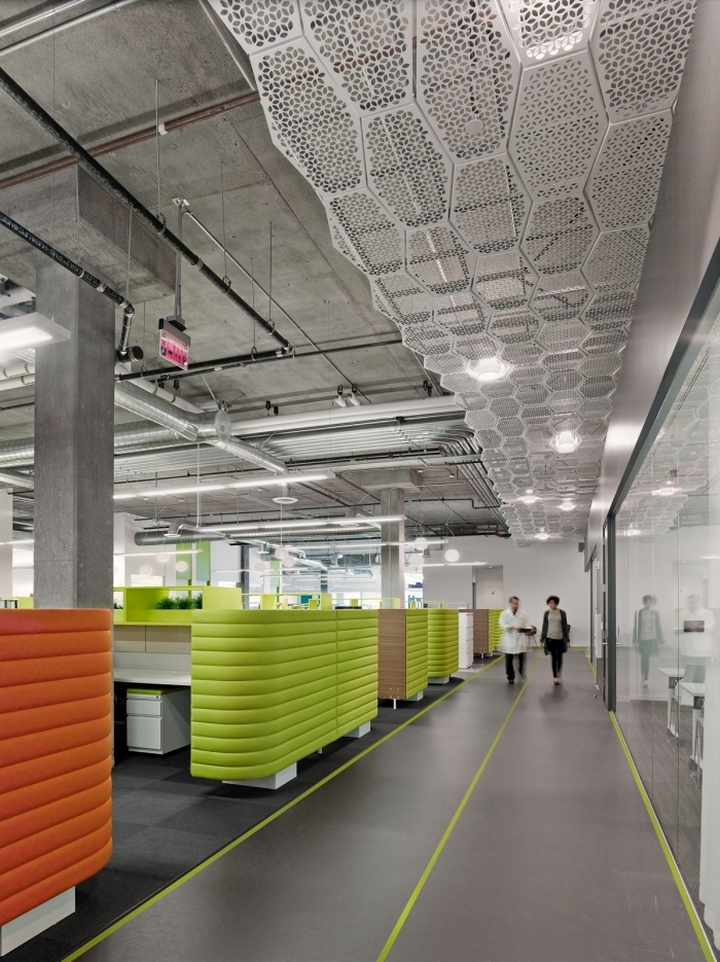 Murad-Skincare-Headquarters-by-Shubin-Donaldson-Architects-El-Segundo-California-10